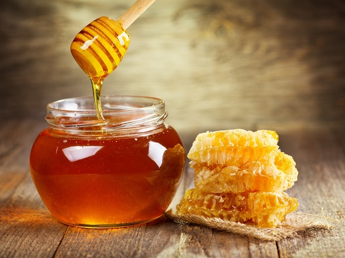 Use honey, or propolis, to fight that cough!